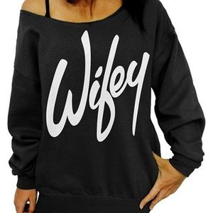 Wifey off the shoulder sweatshirt - M